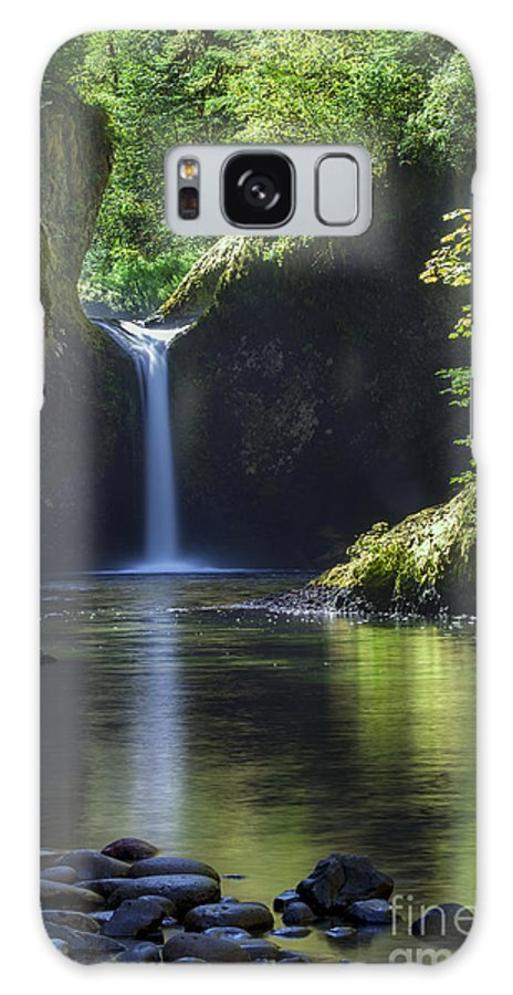 America Galaxy S8 Case featuring the photograph Punchbowl Falls by Brian Jannsen