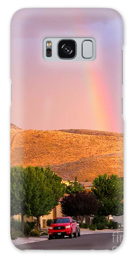 Red Pickup Galaxy S8 Case featuring the photograph Rainbow In Toscana by Phyllis Kaltenbach