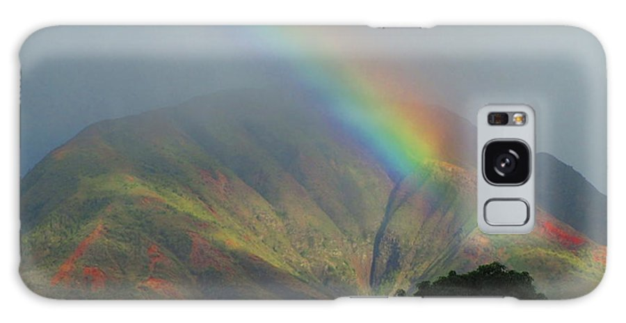 Elaine Haakenson Galaxy S8 Case featuring the photograph Rainbow Over Maui Mountains by Elaine Haakenson