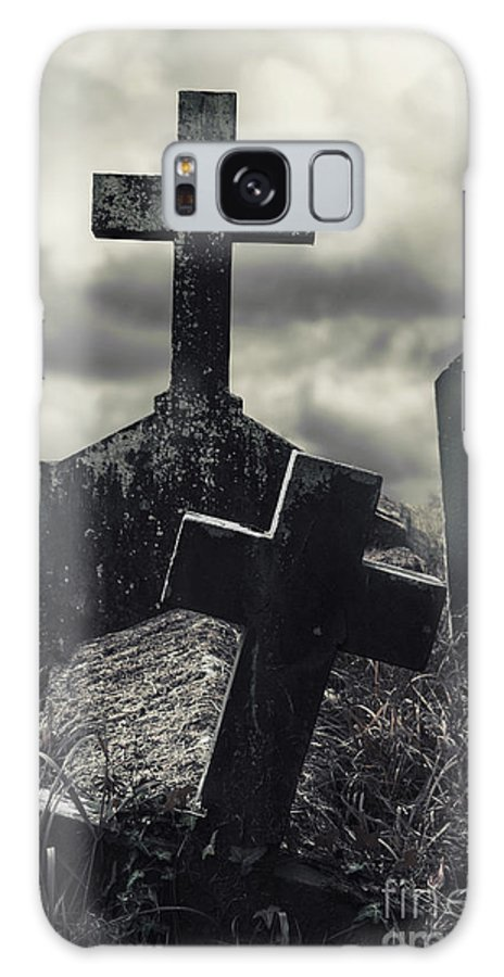 Cemetery Galaxy S8 Case featuring the photograph Raising The Dead by Margie Hurwich