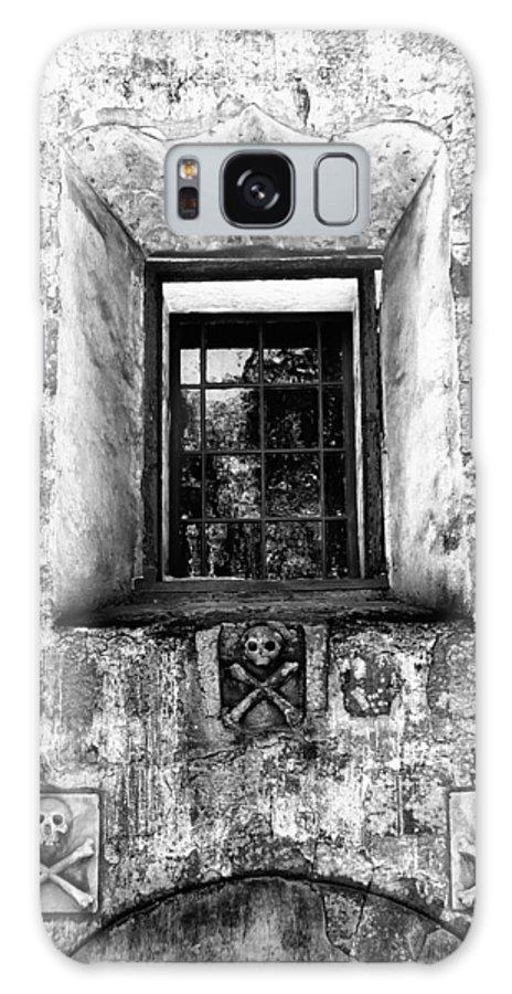 Santa Barbara Galaxy S8 Case featuring the photograph Rear Window Bw Santa Barbara by William Dey