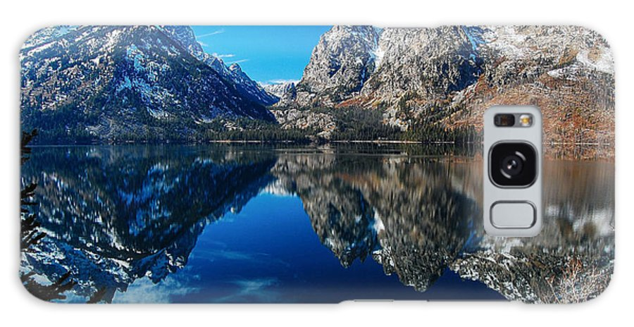 Wyoming Galaxy S8 Case featuring the photograph Reflection Of Serenity by Jim Southwell