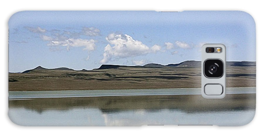 Reflections Galaxy S8 Case featuring the photograph Reflections On Lake Abert by Ray Finch