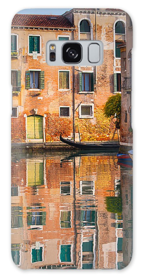 Venice Galaxy S8 Case featuring the photograph Reflective Moment In Venice by Jeff Kershaw