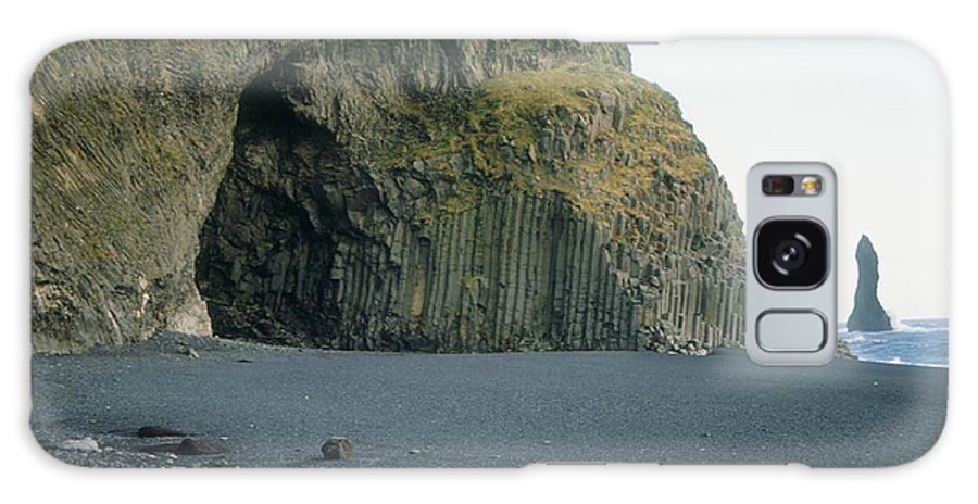 Iceland Galaxy S8 Case featuring the photograph Reynisfjara Beach - Iceland by S Mykel Photography