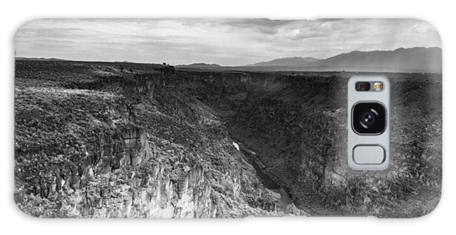 Rio Grande Gorge Galaxy S8 Case featuring the photograph Rio Grande by Sandra Selle Rodriguez