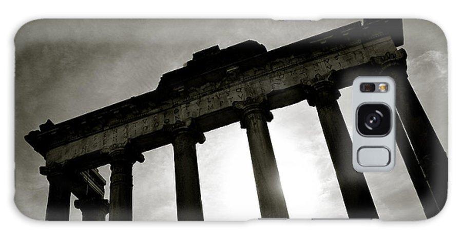 Roman Forum Galaxy S8 Case featuring the photograph Roman Forum by Dave Bowman