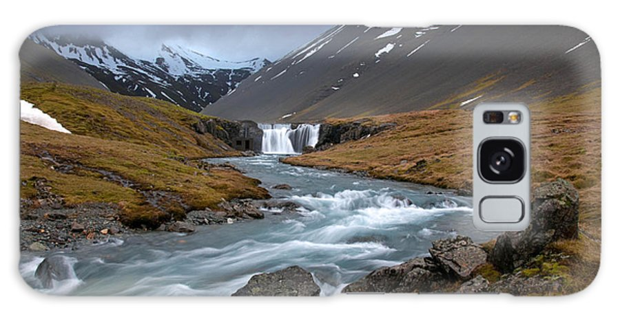 Iceland Galaxy S8 Case featuring the photograph Runaway by Jim Southwell