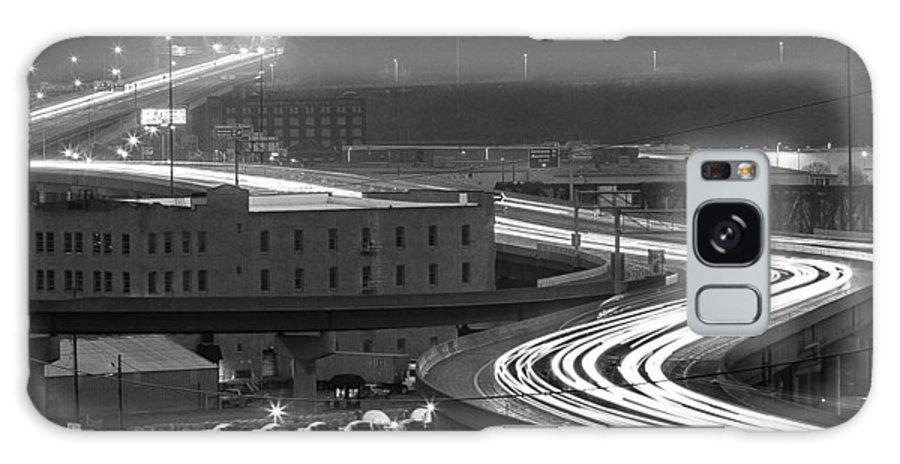 Kansas City Galaxy S8 Case featuring the photograph Rush Hour by Ken Kobe