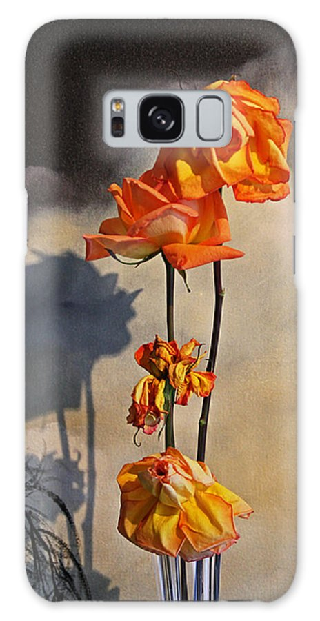 Roses Galaxy S8 Case featuring the photograph Sad To See You Go by John Stuart Webbstock