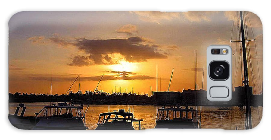 Sunset Galaxy S8 Case featuring the photograph Sailing To Sunset by Jim Southwell