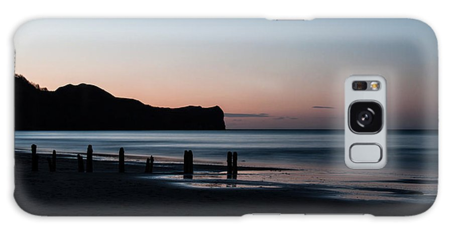 North Sea Galaxy S8 Case featuring the photograph Sandsend 1 by Glenn Hewitt