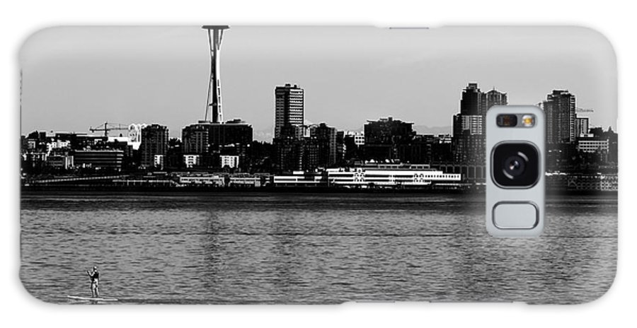 Galaxy S8 Case featuring the photograph Seattle Waterfront Bw by Cathy Anderson