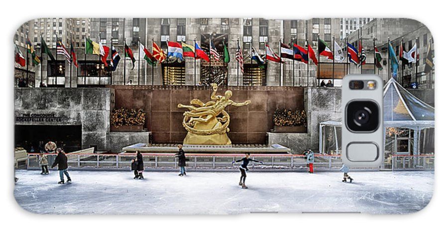 New York City Galaxy S8 Case featuring the photograph Skating At Rockefeller Plaza by Mountain Dreams