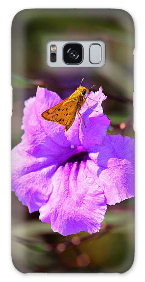 Skipper Galaxy S8 Case featuring the photograph Skip It Insect Art by Reid Callaway
