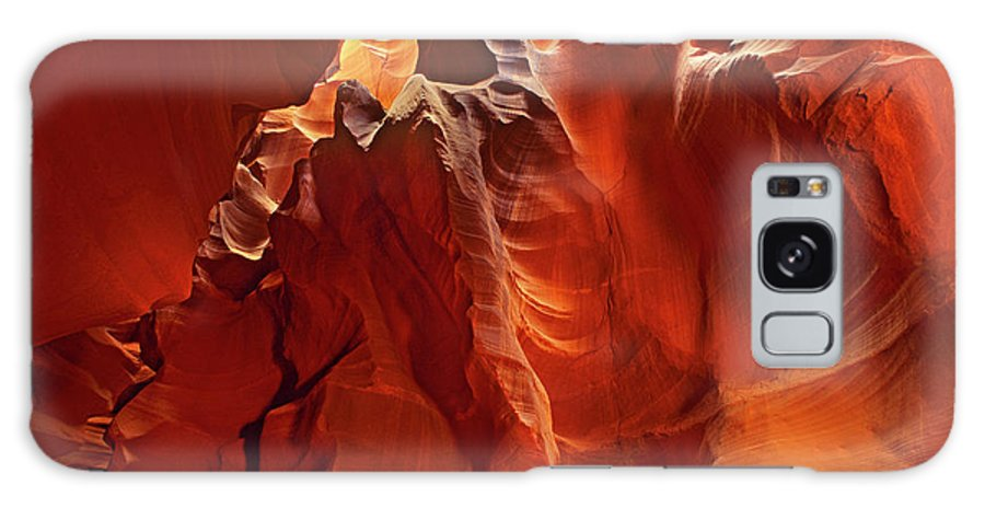 North America Galaxy S8 Case featuring the photograph Slot Canyon Formations In Upper Antelope Canyon Arizona by Dave Welling