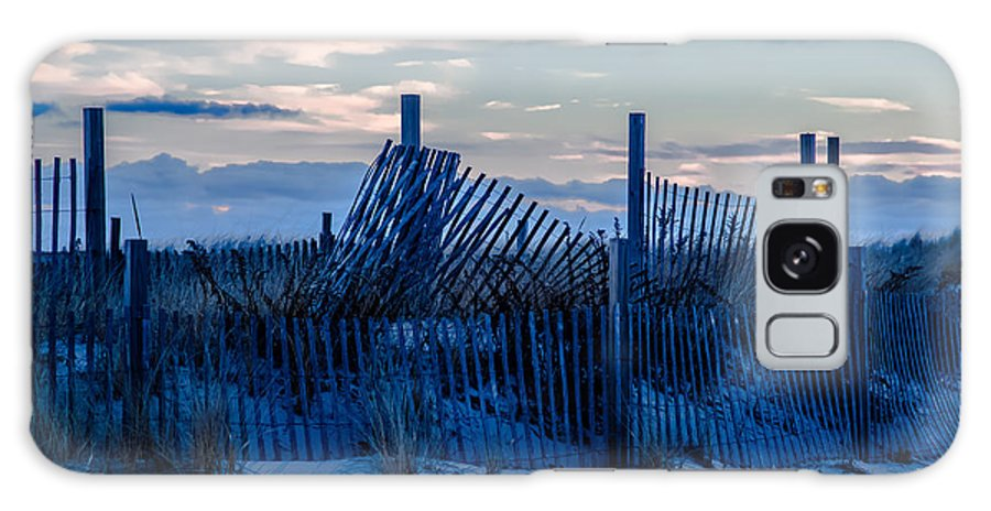 Beach Galaxy S8 Case featuring the photograph Smuggler's Beach Fence by Laura Ragosta