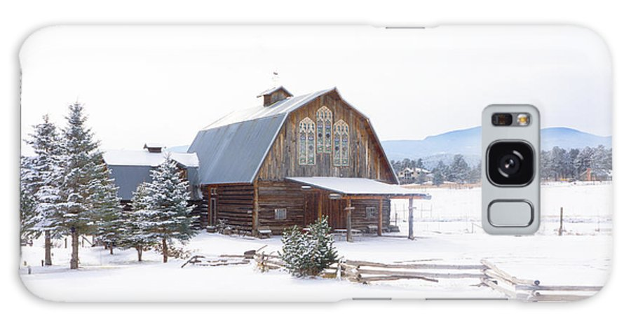 Snow Galaxy S8 Case featuring the photograph Snow Barn by Amy Kesic