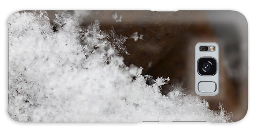 Snow Flake On Rusty Chain Galaxy S8 Case featuring the photograph Snow Flake Macro 2 by Michael Mooney