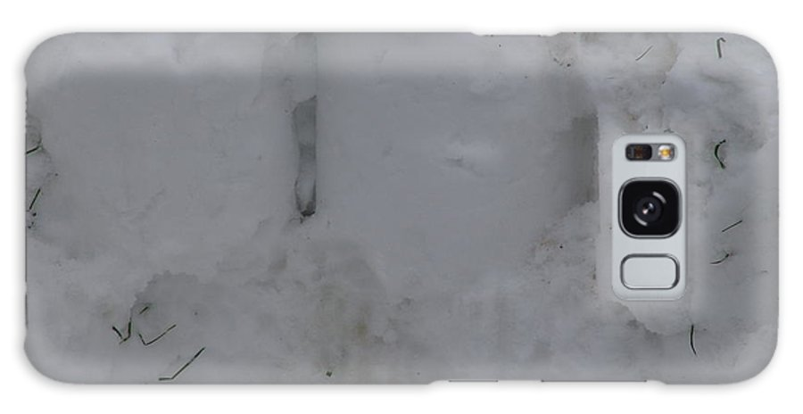 Snow Galaxy S8 Case featuring the photograph Snow Pillars Broken by Ashok Patel
