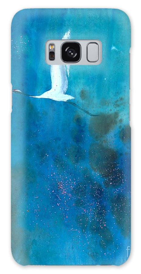Landscape With A Soaring White Crane. This Is A Contemporary Chinese Ink And Color On Rice Paper Painting With Simple Zen Style Brush Strokes.  Galaxy S8 Case featuring the painting Soar II by Mui-Joo Wee
