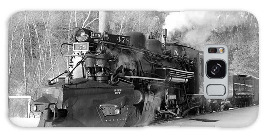 Steam Train Galaxy S8 Case featuring the photograph Sothbound Through Rockwood Black And White by Ken Smith