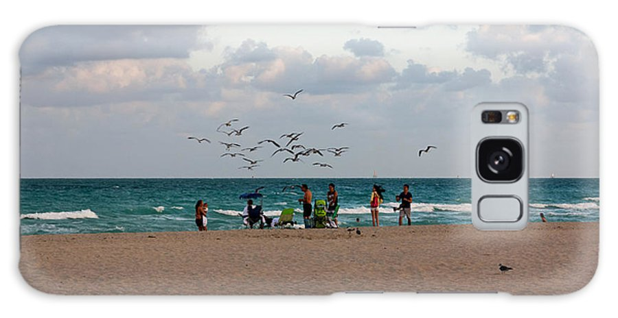Afternoon Galaxy S8 Case featuring the photograph South Beach Scene by Jannis Werner