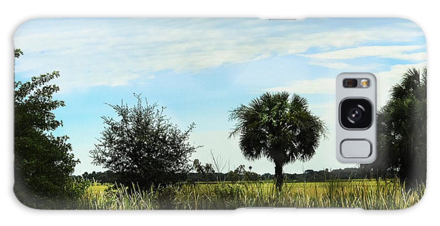 Field Galaxy S8 Case featuring the photograph Southern Serenity by Judy Hall-Folde