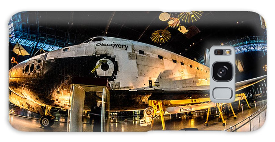 2014 Galaxy S8 Case featuring the photograph Space Shuttle Discovery by Randy Scherkenbach