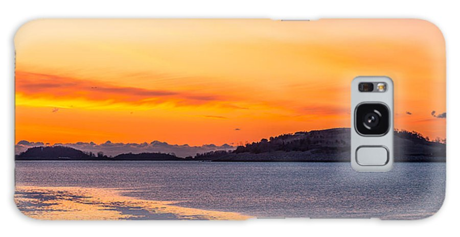 America Galaxy S8 Case featuring the photograph Spectacle Island Sunrise by Susan Cole Kelly