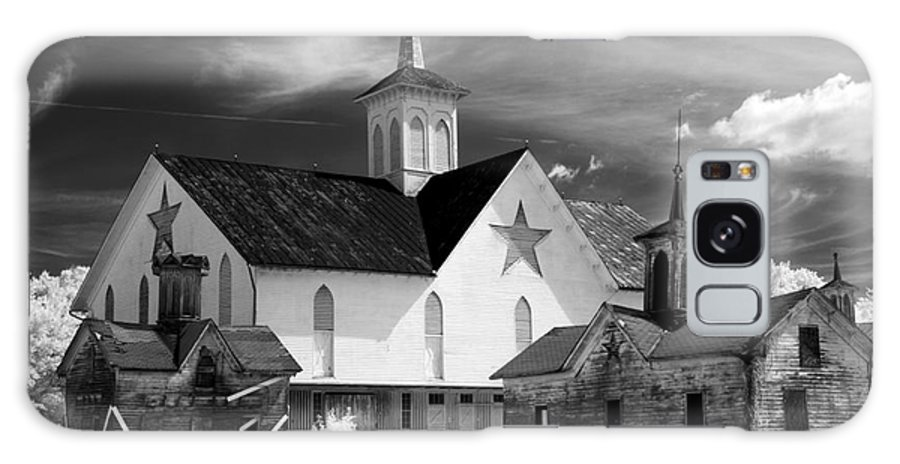 Infrared Galaxy S8 Case featuring the photograph Star Barn Complex In Infrared by Paul W Faust - Impressions of Light