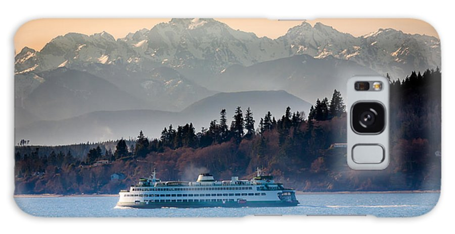 Seattle Galaxy S8 Case featuring the photograph State Ferry And The Olympics by Inge Johnsson