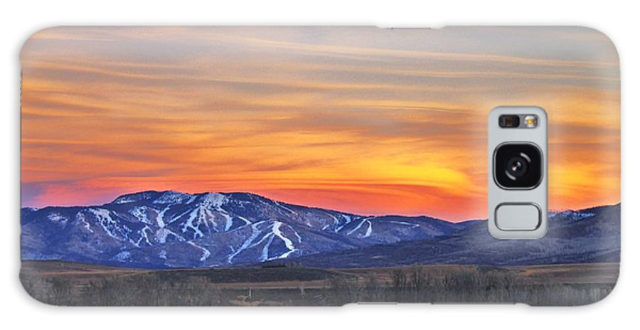 Steamboat Galaxy S8 Case featuring the photograph Steamboat Alpenglow by Matt Helm