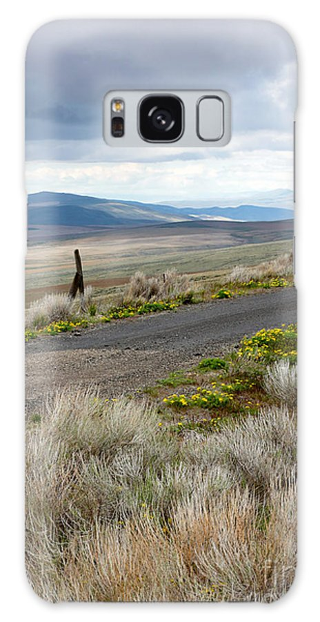 Washington Wildflowers Galaxy S8 Case featuring the photograph Storm Clouds Gathering Over Washington Hills by Carol Groenen