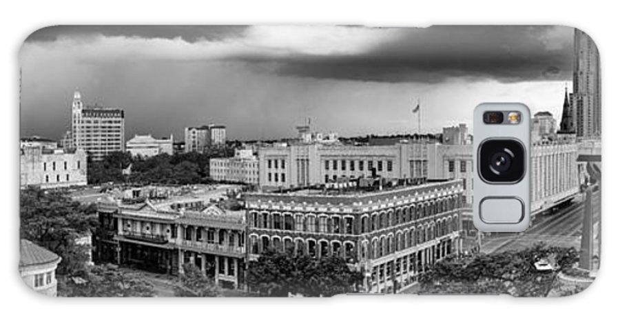 San Galaxy S8 Case featuring the photograph Storm Over San Antonio Texas Skyline by Silvio Ligutti