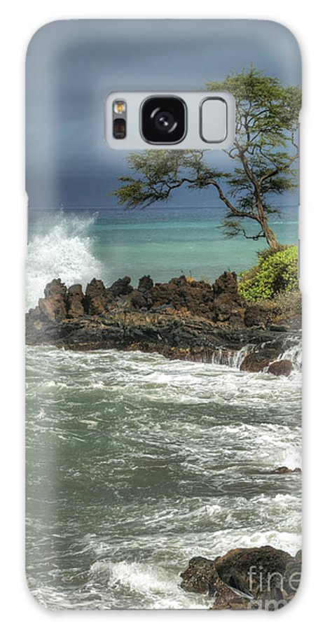 Waterscape Galaxy S8 Case featuring the photograph Stormy Maui Morning by Sandra Bronstein