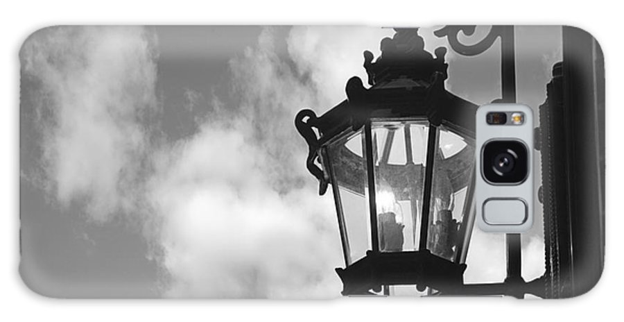 Street Lamp Galaxy S8 Case featuring the photograph Street Lamp by Tony Cordoza
