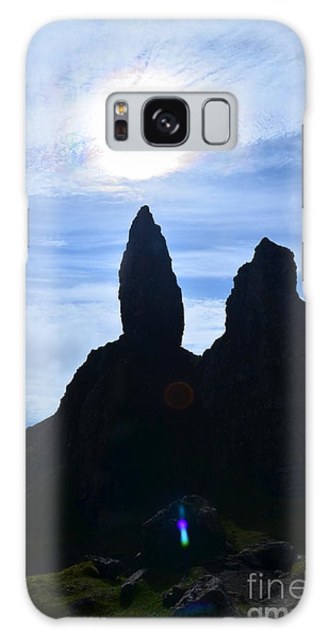Old Man Of Storr Galaxy S8 Case featuring the photograph Stunning Old Man Of Storr by DejaVu Designs