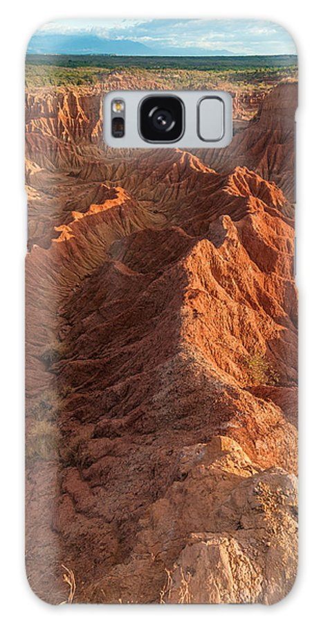 Desert Galaxy S8 Case featuring the photograph Stunning Red Rock Formations by Jess Kraft