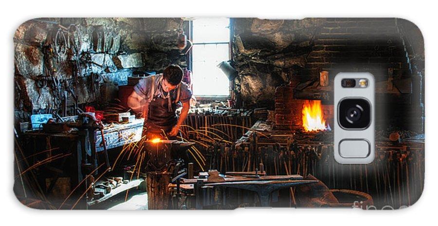 Sturbridge Village Blacksmith Galaxy S8 Case featuring the photograph Sturbridge Village Blacksmith by Scott Thorp
