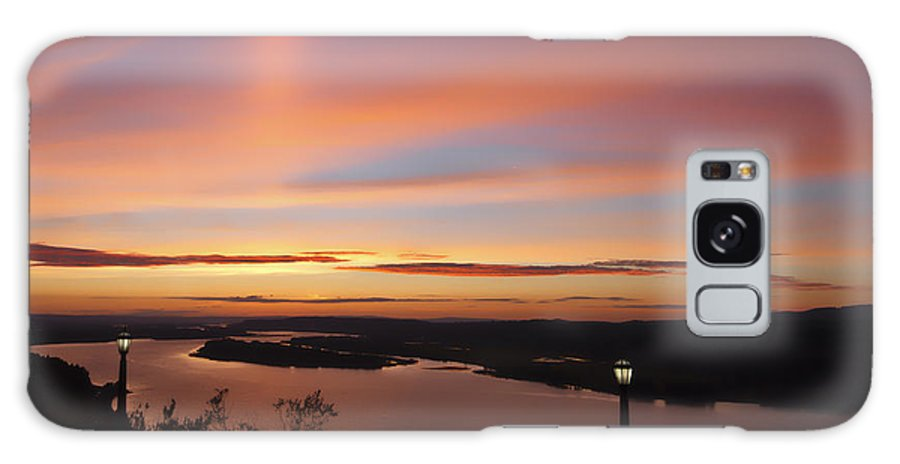 Summer Skies At Crown Point Galaxy S8 Case featuring the photograph Summer Skies At Crown Point by Wes and Dotty Weber