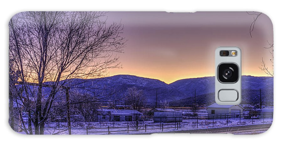 Sunset Galaxy S8 Case featuring the photograph Sun Down by Ernest Moreno