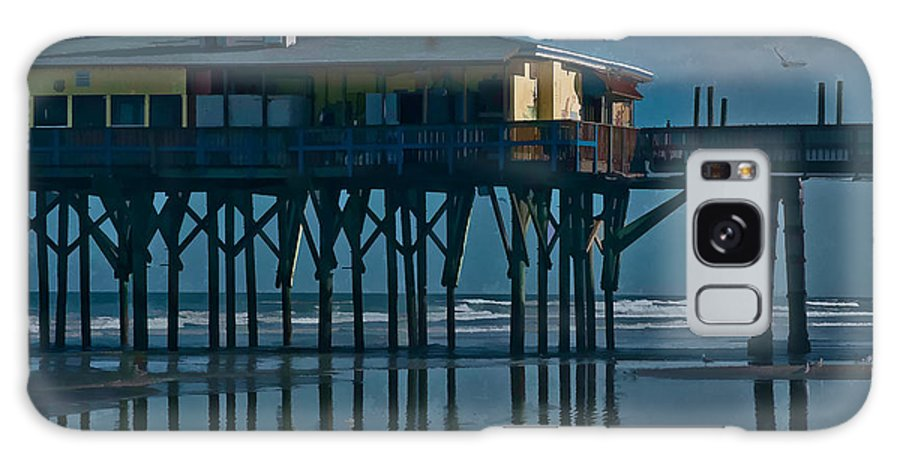 Florida Galaxy S8 Case featuring the photograph Sunglow Pier 5 by Michael Schwartzberg