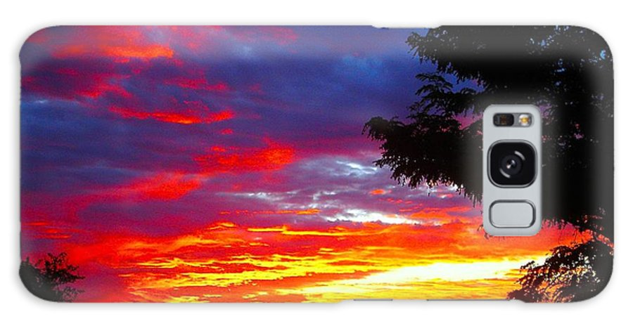 Sunrise Galaxy S8 Case featuring the photograph Sunrise In New Mexico by Dan Vallo