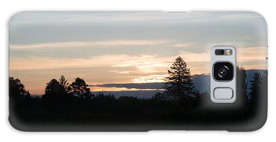 Sunrise Galaxy S8 Case featuring the photograph Sunrise by Linda Kerkau