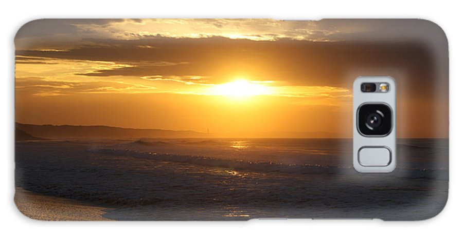Beach Galaxy S8 Case featuring the photograph Sunrise Over Point Lonsdale by Linda Lees