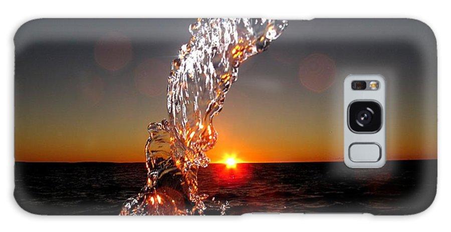 #donniefreeman Galaxy S8 Case featuring the photograph Sunrise Splash by Donnie Freeman
