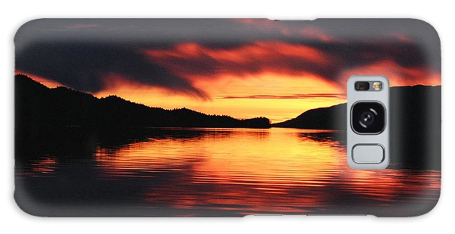 Sunset Galaxy S8 Case featuring the photograph Sunset At Sumdum by Cathy Mahnke
