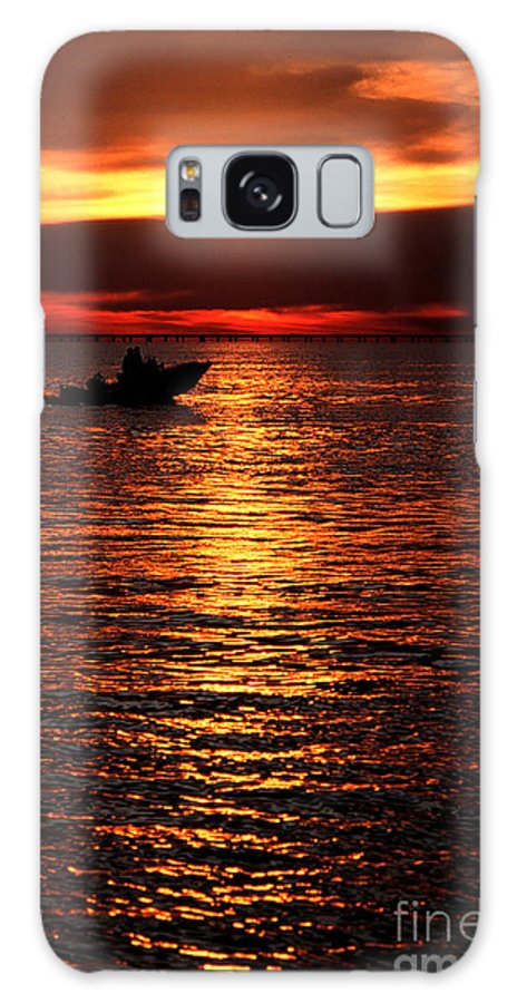 Sunset Galaxy S8 Case featuring the photograph Sunset Boaters by Mike Nellums
