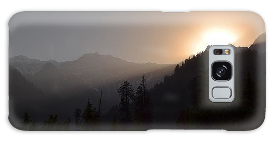 Himalaya Galaxy S8 Case featuring the photograph Sunset In Himalayas by Praveen Kanade